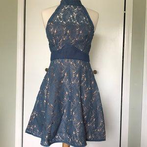 Elegant dress. Size Small